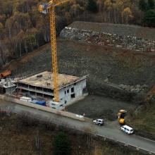 Excavació per a edifici de Vivendes i Habitatges a LLorts