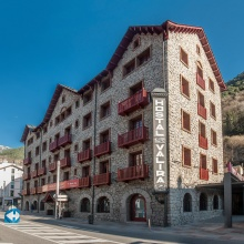 Reform and Expansion Old Hotel Valira