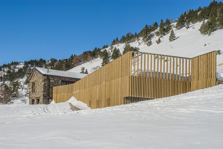 Refugi guardat de la borda de Sorteny, Architecture (Principality of Andorra)