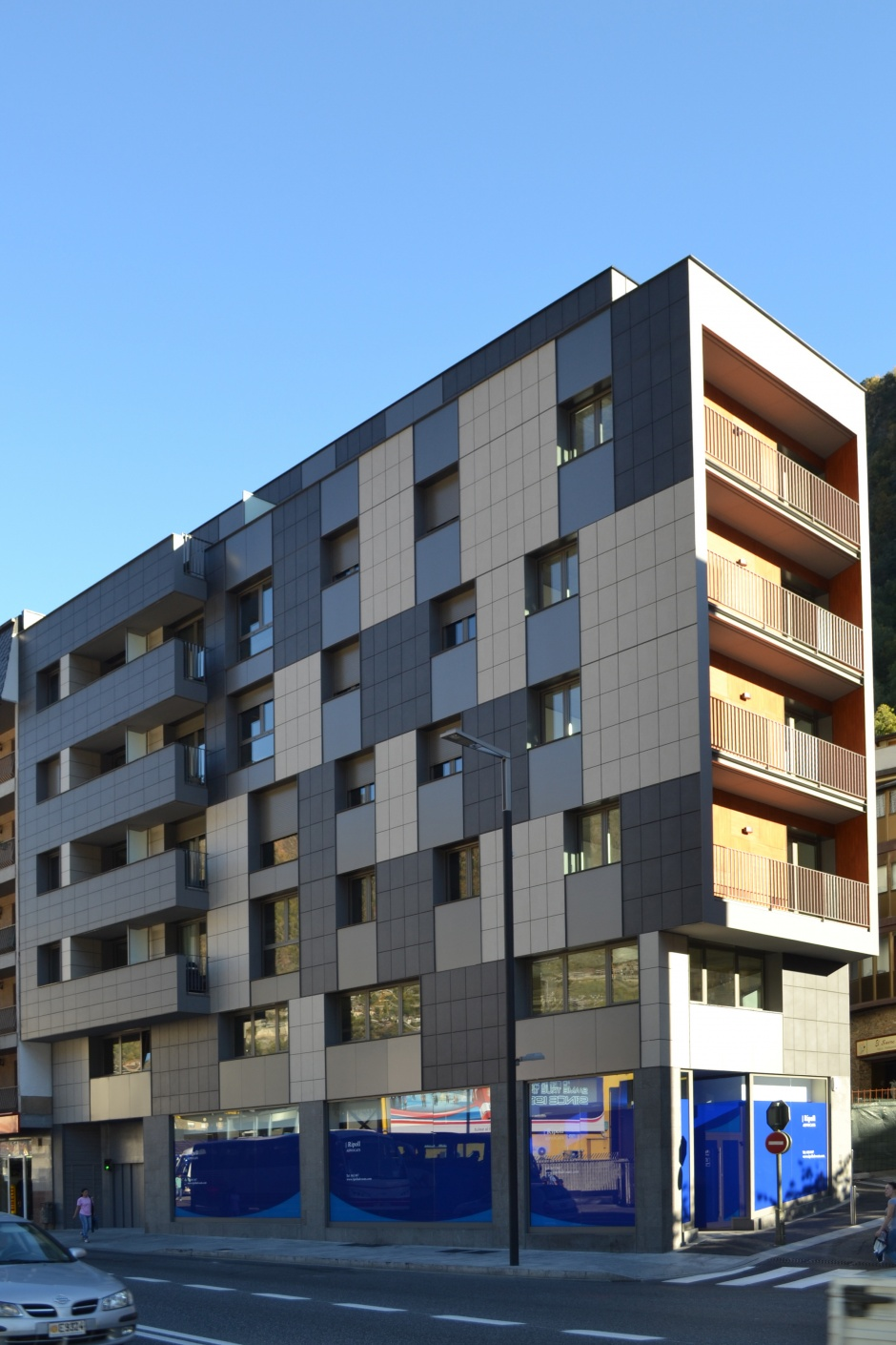 Residential, Commercial and Office Building on Av. Tarragona, 57, Architecture (Principality of Andorra)