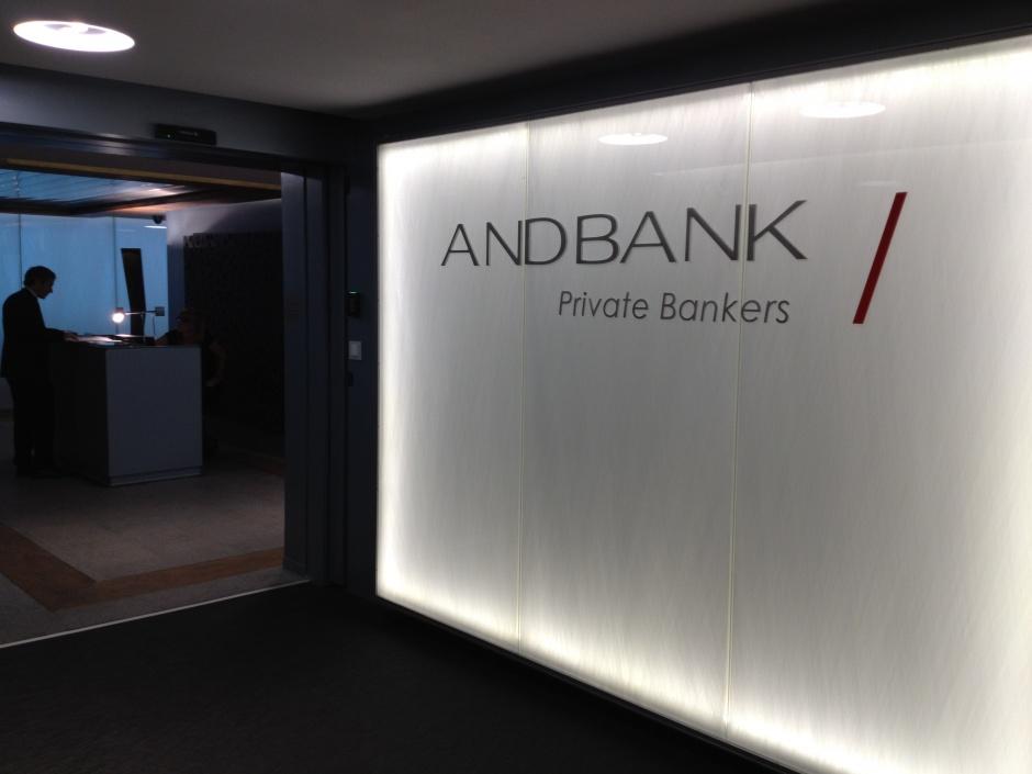 Reforma oficina Andbank, Passeig de Gracia 85, Architecture (Principality of Andorra)