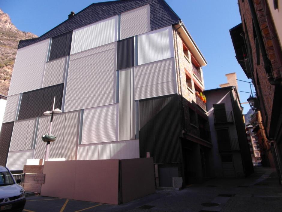 Aïllament de Façana del Edifici Carrer Doctor Palau, 11, Arquitectura (Principat d'Andorra)