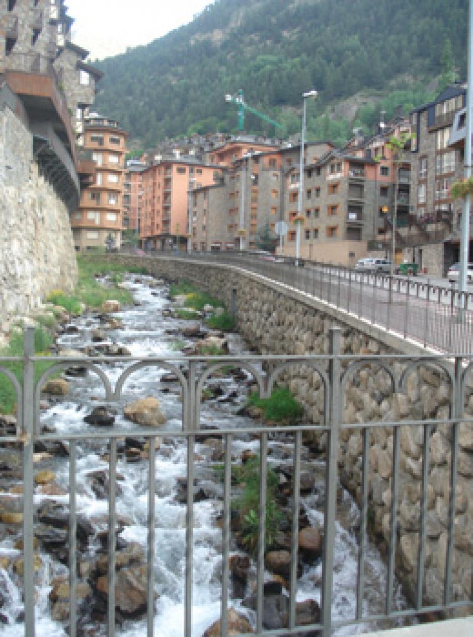Canalització del Marge Esquerre del Riu a Arinsal, Enginyeria (Principat d'Andorra)